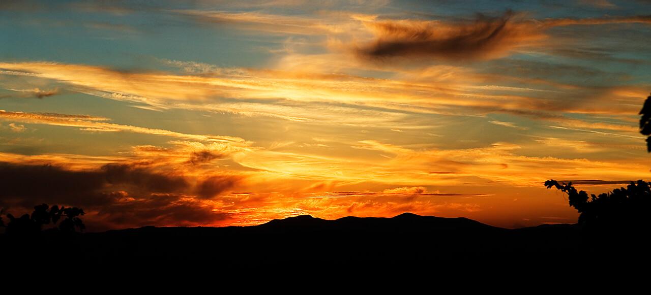 libro-aperto-tramonto